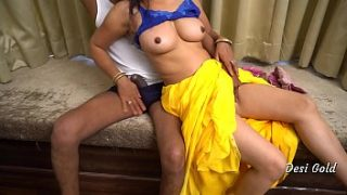 hindi xnxx video Indian hot Housewife Fuck By Neighbour Uncle