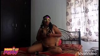 Xnxx Indian aunties teasing her boyfriend asking her to have sex