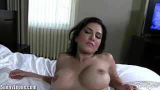 Sunny Leone hot sex video at luxuruous hotel in hd