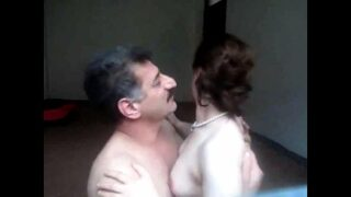XXX Paki wife porn with her husband friend with loud moaning