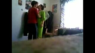 Indian XXX sex video with hot aunty xnxx fuck with young boy