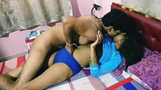 Desi Bhabhi romance and hard xnxx sex with lover